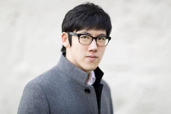 """90后""""音乐沉思者""""张昊辰将再亮相国际钢琴系列"""