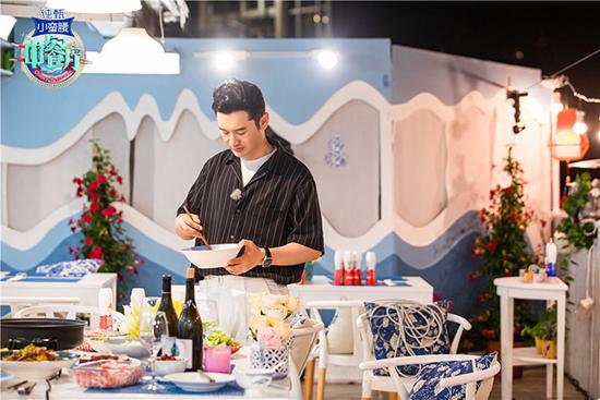 <b>《中餐厅》黄晓明、杨紫成可爱父女档</b>