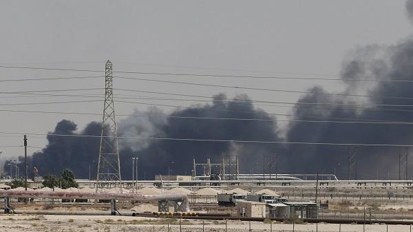沙特遇襲后油價開盤飆升超15% 特朗普稱將釋放戰略石油儲備