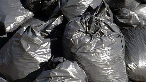 """枯井挖出119袋人体残骸 墨西哥重启""""43学生失踪案"""""""