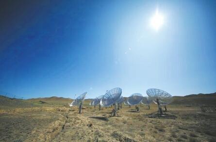 """戈壁滩""""收音机"""" 已接收到宇宙天籁之音 初步成果预计11月全球发布"""
