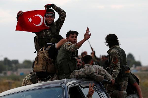 土耳其宣布暂停在叙军事行动5天 让库尔德武装撤离边境区