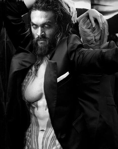 为抗议女性胸部照片被删,《海王》女主上传男主PS照