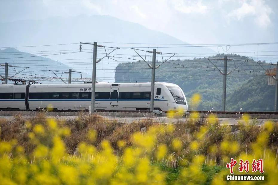 中国铁路票务系统有多厉害?答案有点惊到我了!