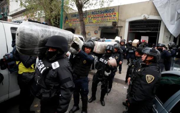 墨西哥逮捕31名可疑毒贩后法官转头放了27人 总统:将调查
