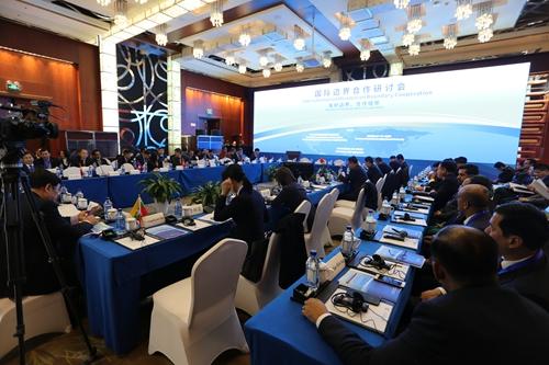 外交部副部长谈中国与邻国边界合作:将边界打造成友谊的象征、合作的纽带