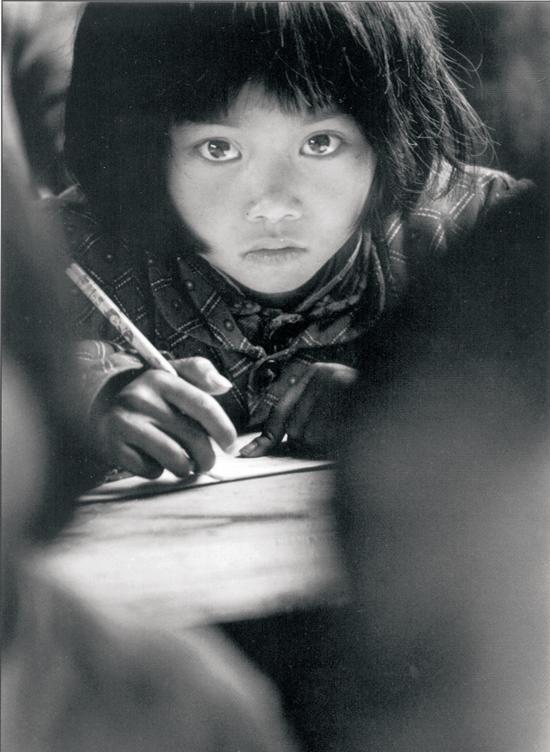 """【70年70问】希望工程""""大眼睛""""为什么能够牵动亿万人心?"""