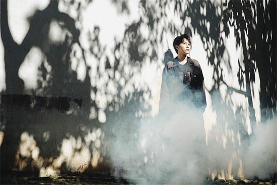 青峰《失忆镇》MV首播 首次合作黄中平大获赞赏