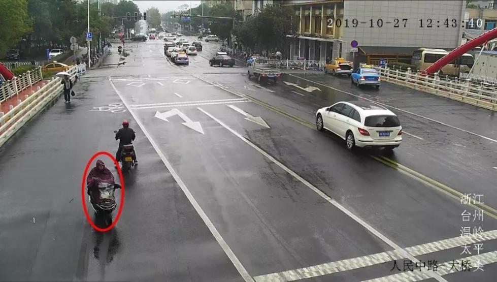 <b>疯狂!一夜之间横跨三个街道,偷了6辆电瓶车内的26只电瓶</b>