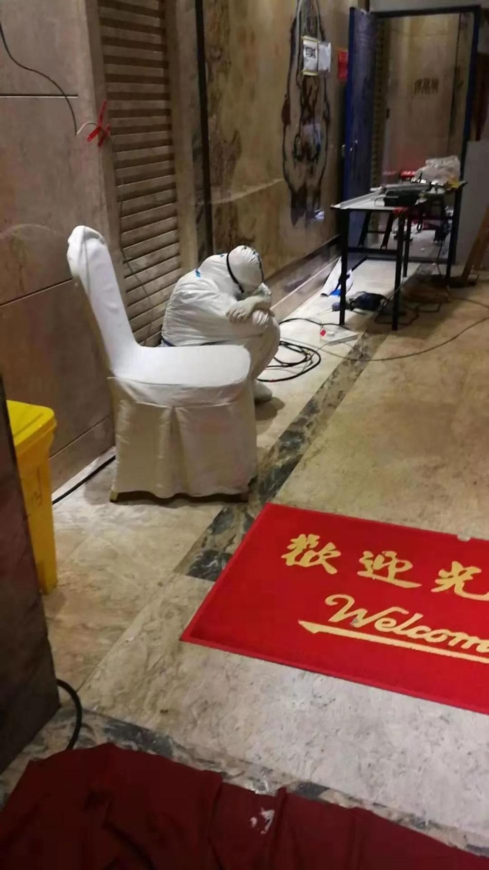 武汉最早集中隔离点,昨天送走最后一位解除隔离者