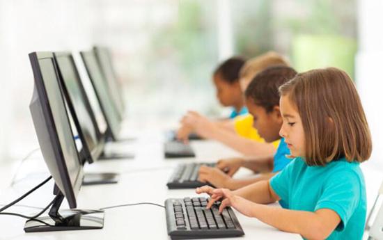上網課,護好聽力視力注意力