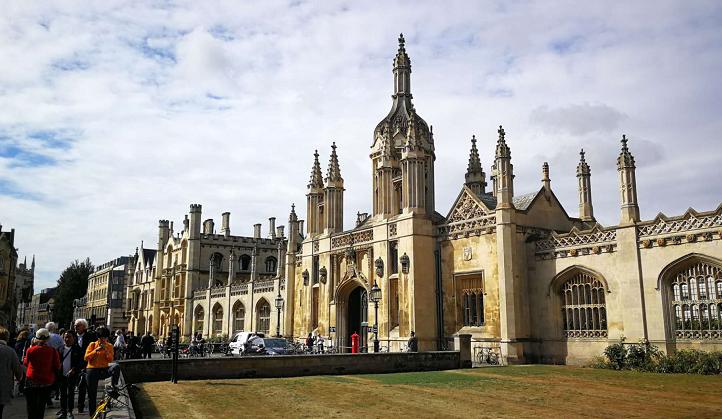 英国剑桥大学取消下一学年所有面对面授课