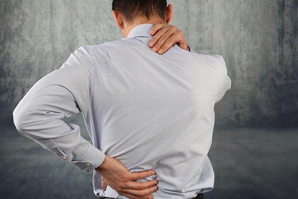 七個動作緩解家人酸痛