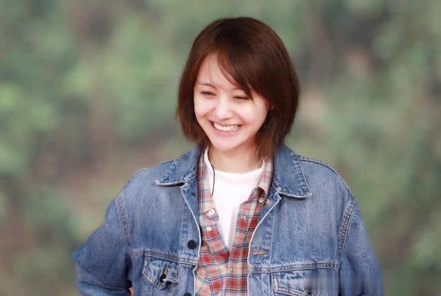 除了他们几位,娱乐圈的明星们还非常喜欢开面馆。比如李晨,岳云鹏和黄渤三人就是其中之一!