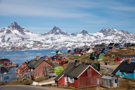 丹麦格陵兰岛一小镇的港口景色。 资料图