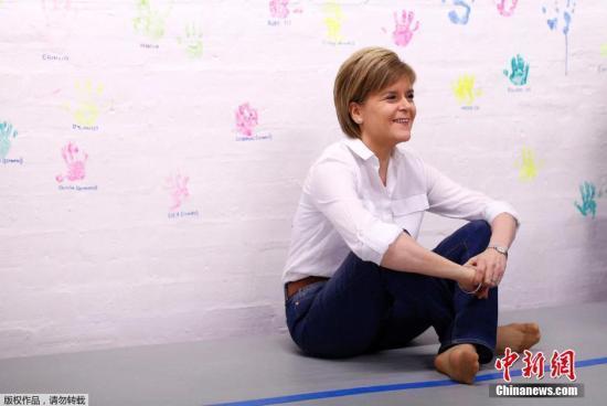 资料图:苏格兰民族党领导人尼古拉⋅斯特金。