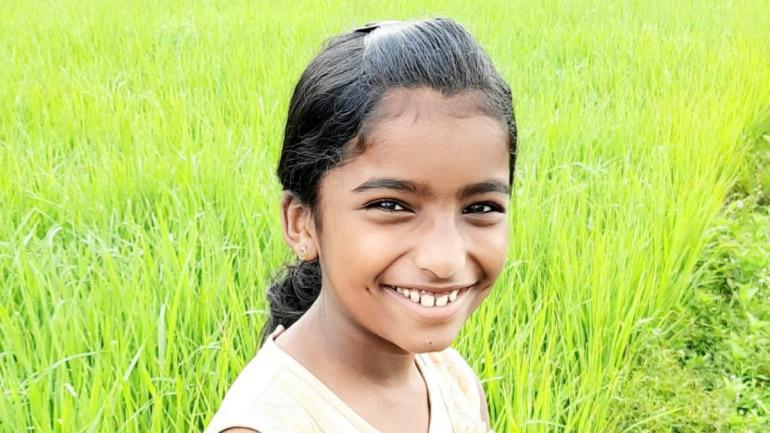 印度10岁女孩被蛇咬伤 老师不信坚持上课致其毒发身亡插图