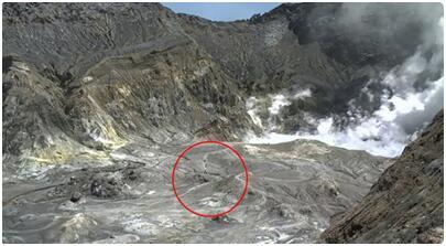 新西兰怀特岛火山喷发 或多达20人受伤