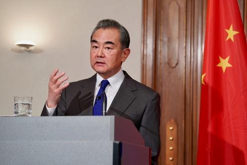 王毅:中欧关系面临新的发展机遇