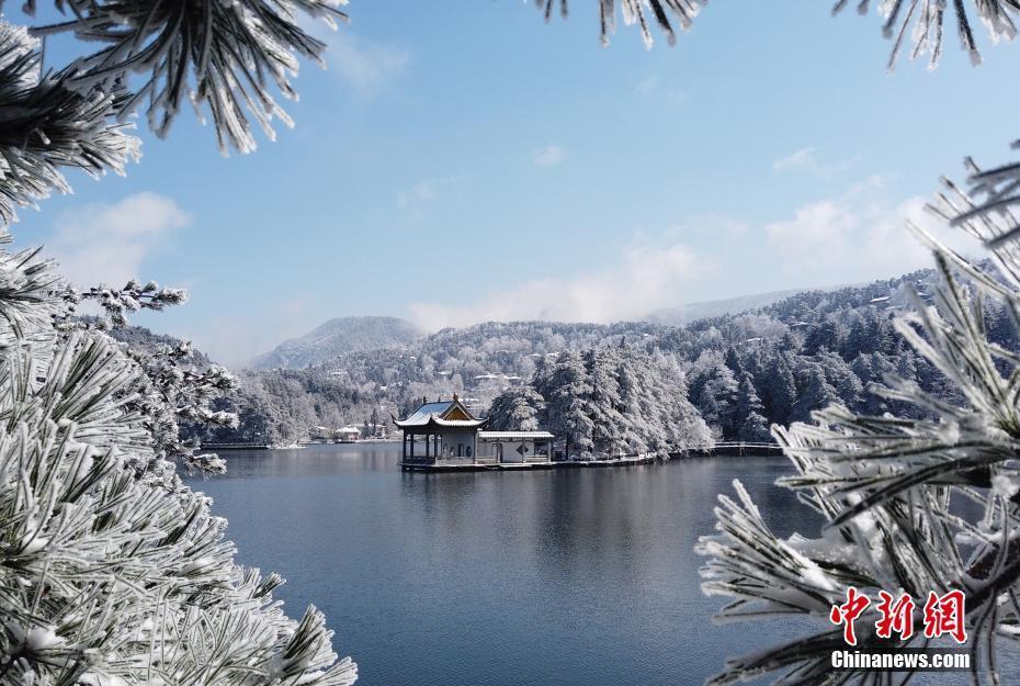 江西庐山雪景美如童话世界